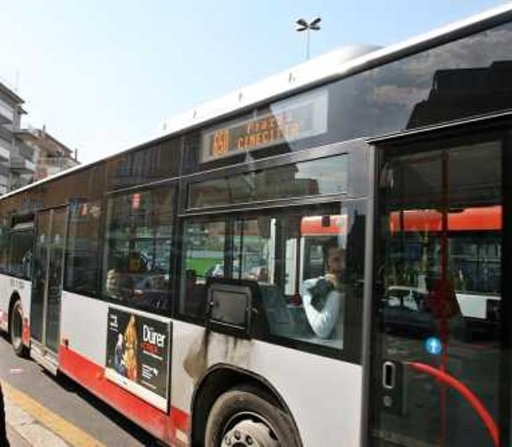 Roma, bus Atac investe e uccide un uomo