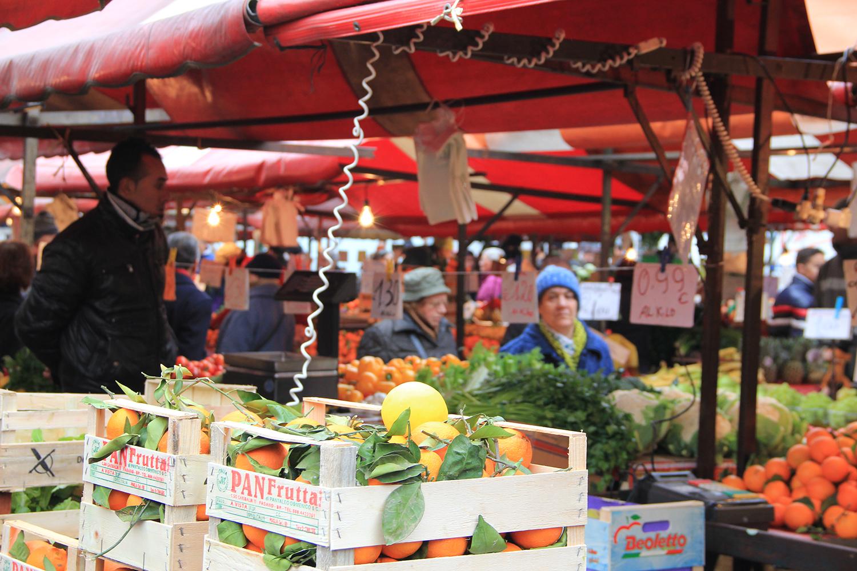 Prato cornelio mercato di via bonichi sotto accusa for Mercato prato