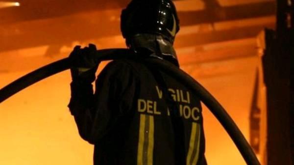 Infernetto, incendio distrugge la veranda del ristorante La Bettola