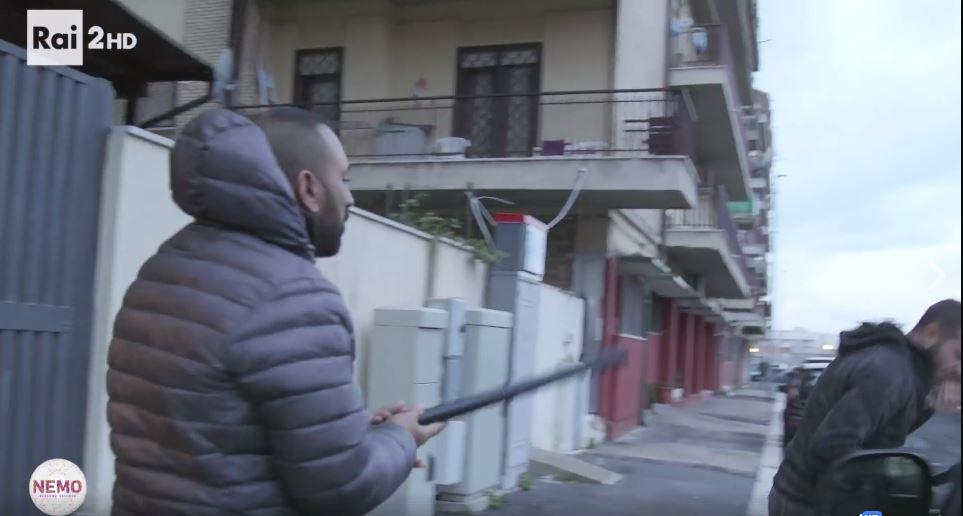 Giornalista picchiato a Ostia, arrestato un amico di Spada